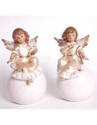 Set de deux anges sur boule en porcelaine - 18 cm