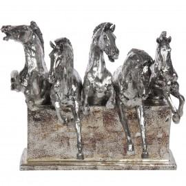 Statue cinq chevaux en résine argentée - 36 cm