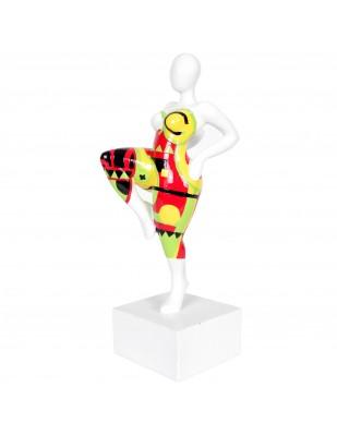 Statue design en résine femme jambe levée multicolore dominante rouge - 37 cm