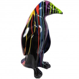 Statue en résine pingouin multicolore fond noir 94 cm