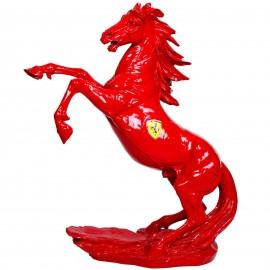 Statue en résine cheval cabré rouge personnalisé avec l'emblème Ferrari  - 90 cm
